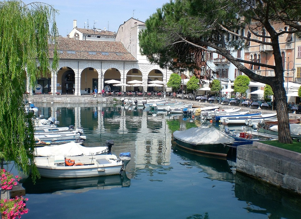 sirmione lake garda and desenzano del garda tour by train