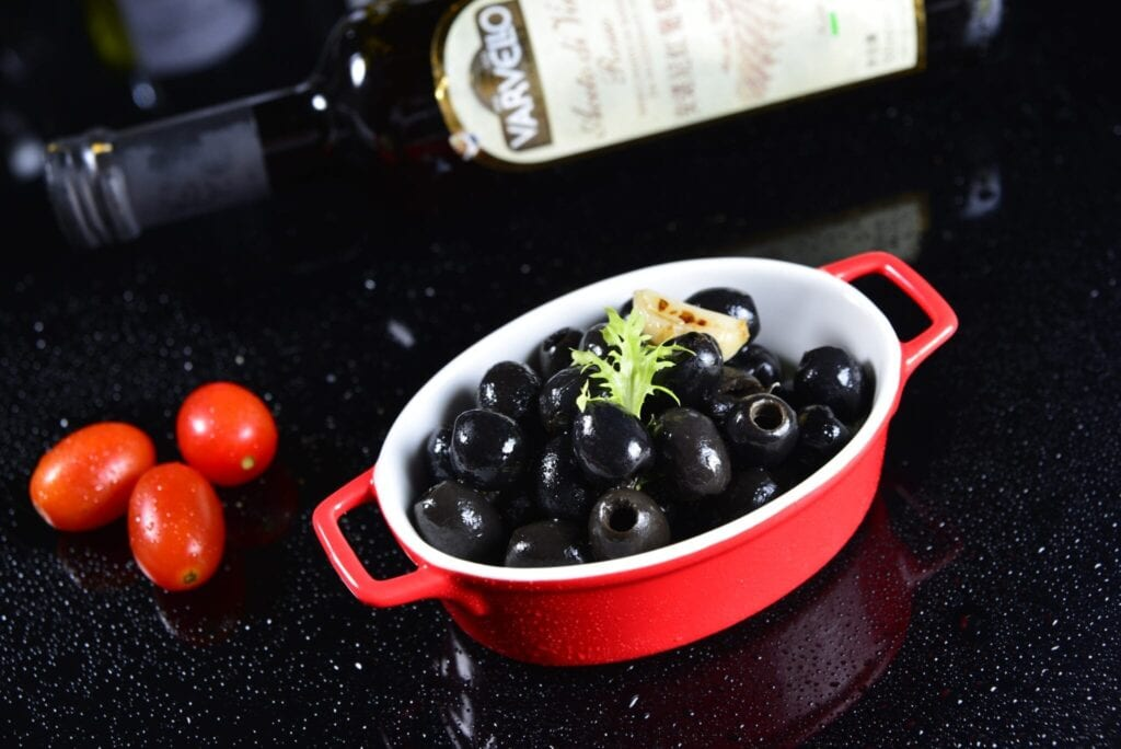 black_olives